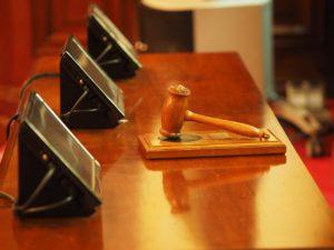 Loi sur le 3ème appartement : l'État a fait savoir à la Cour Suprême que la commission monétaire n'étudierait pas à nouveau la loi.