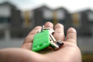 Juridique : Comment assigner en justice un promoteur suite au retard de livraison d'un appartement ?