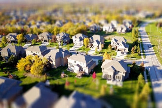 Délimitation de sa propriété et conflits de voisinage : quelles sont les solutions ?